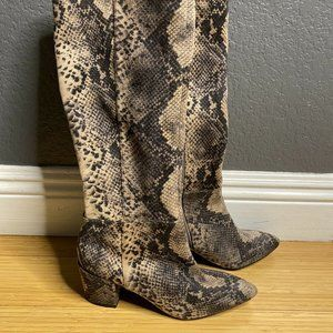 CHARLES BY CHARLES DAVID Harbor 6M Taupe Snake NEW
